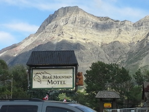 Bear Mountain Hotel in Waterton Lakes